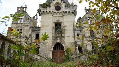 Más de 18,000 personas compraron un castillo mediaval vía crowdfunding en Francia