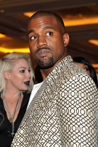¿Será que Kanye se estresó con tante gente que asistió al evento?