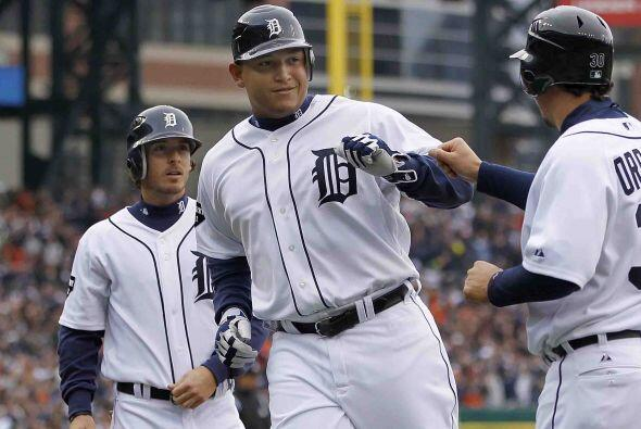Primera base: Miguel Cabrera entra por segunda vez (las únicas dos del a...