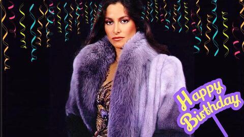 Daniela Romo celebra un año más convertida en una reina de...
