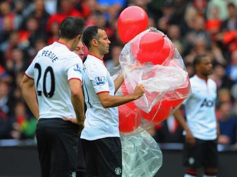 La fecha 5 de la Liga Premier inglesa tuvo una emotiva continuaci&oacute...