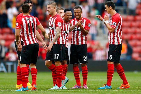 Antes de jugar contra QPR, los jugadores del Southampton disfrutaban su...