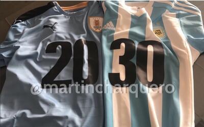 Las playeras que utilizarían Suárez y Messi