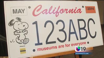 Snoopy en las placas de California