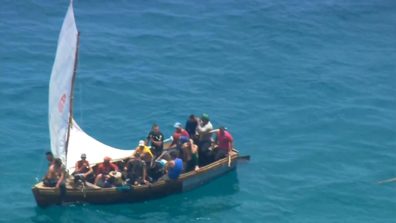 Unos 15 cubanos intentando llegar hasta las costas de Estados Unidos, ce...