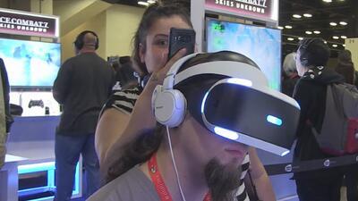 Aficionados a los videojuegos de todo el país se reúnen en San Antonio para la convención 'PAX South'