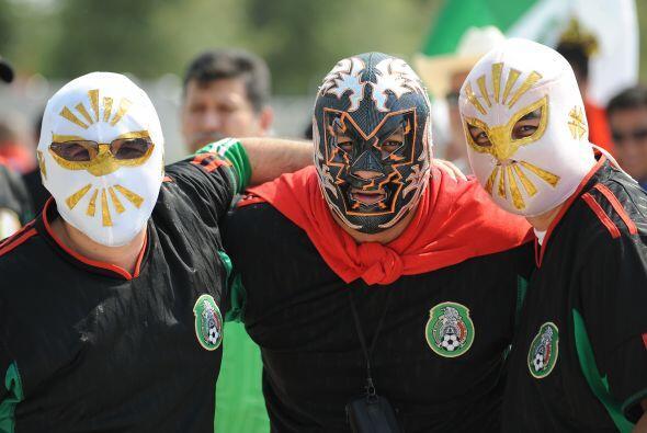 Inició la Copa Oro en su edición 2011 y para el debut de México no podía...