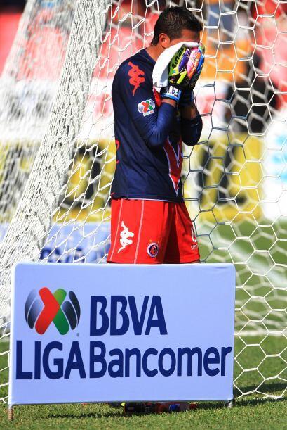 Los jugadores de Veracruz lucían desesperados desde el arquero, Edgar He...