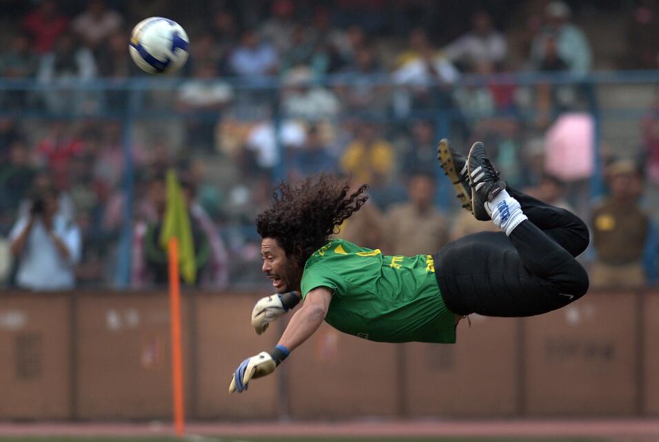 ¿Y ahora? Tras la derrota ante Nigeria, Maradona se postula para dirigir...