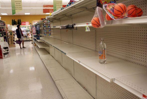 La ciudad de Nueva York decretó la evacuación de algunas zonas bajas de...