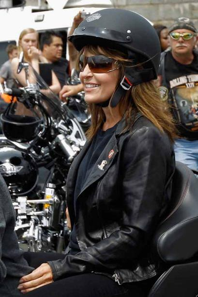 Palin estuvo sonriente durante toda la jornada.