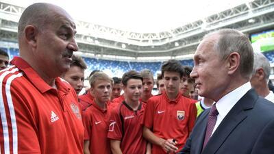 """En fotos: Vladimir Putin no quiere """"elefantes blancos"""" después del Mundial"""