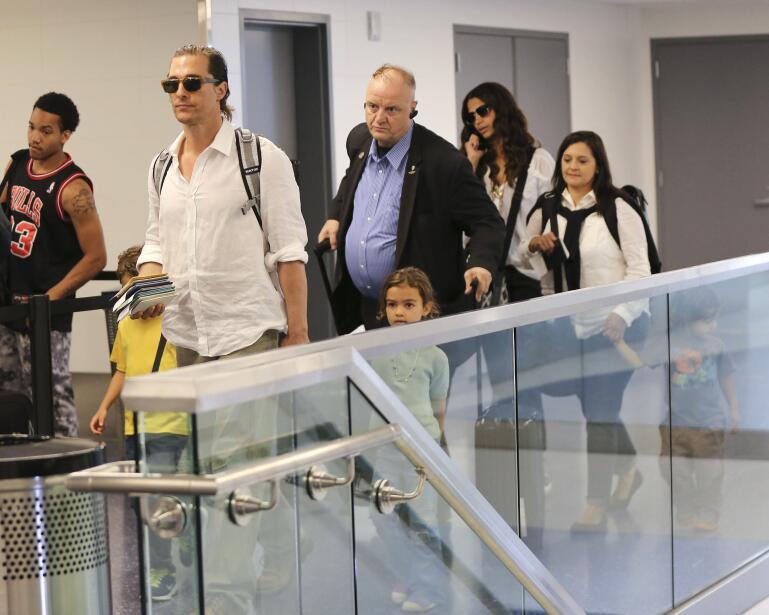 Matthew McConaughey con sus hijos