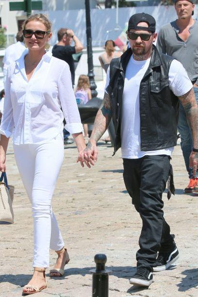 La actriz se embarcó en un yate en compañía de su novio, el rockero Benj...