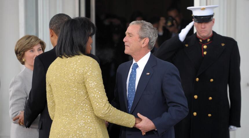 George W. Bush habla de su gran amiga... Michelle Obama GettyImages-8436...