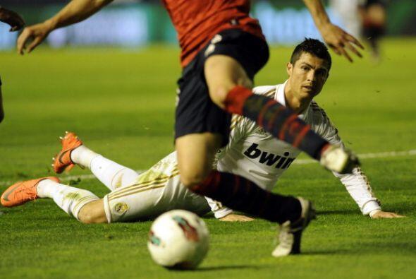 Real Madrid ganaba 2 a 0, merecía más y lo fue a buscar.