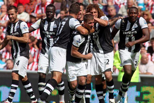 Newcastle venció 2 a 1 al Everton y suma 11 partidos sin conocer la derr...
