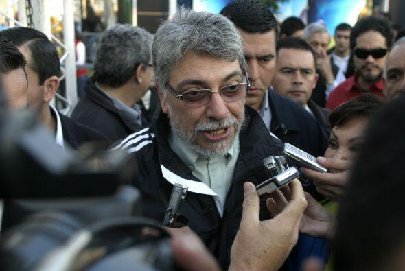 Lugo marcó historia en el país, al ser el primer ex obispo en llegar a l...
