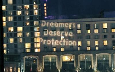"""Un mensaje de los dreamers en la CPAC. """"Los dremers merecen portecc..."""