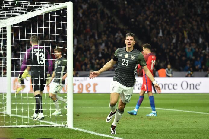 Los goles de Toni Kroos y Mario Gómez dejaron entrever el potencial alemán