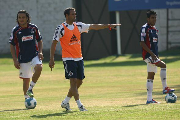Nueve técnicos han ocupado el banquillo de las Chivas en los últimos 5 a...