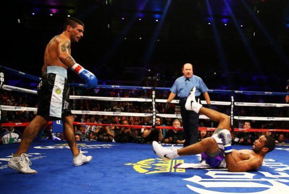 Lucas Matthysse en un boxeador que tiene cloroformo en los puños, así lo...