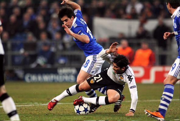 Con la desventaja jugando en su contra, los 'Narajeros' buscaban el gol...