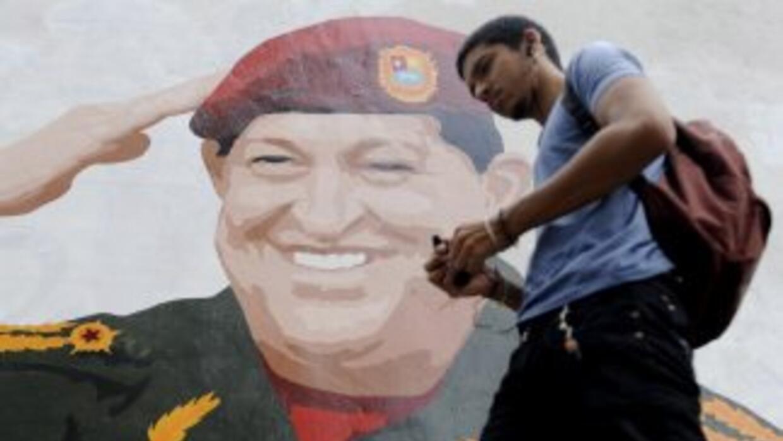 El presidente Hugo Chávez es el favorito para ganar las elecciones del p...