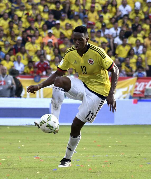 Yerry Mina - 23 años (Colombia / Palmeiras)