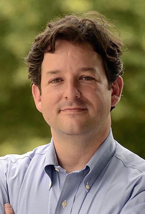 Alfonso López ganó la reelección para su escaño en la Asamblea de Virginia.