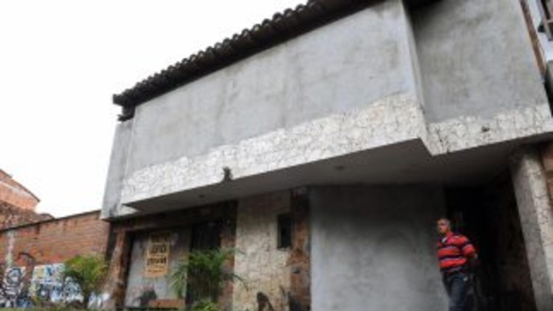 Frente de la casa donde murió el narcotraficante colombiano.