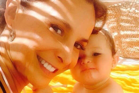 En el 2013 cumplió su ilusión de convertirse en madre al adoptar a la pe...