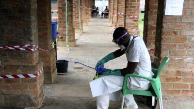 Reaparecen casos de ébola en el Congo y el brote ya llegó a un centro urbano