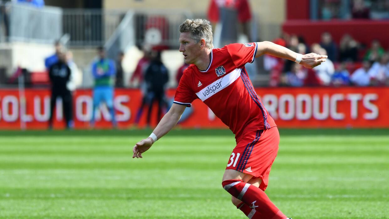 Bastian Schweinsteiger estaría muy cerca de firmar un nuevo contrato con...