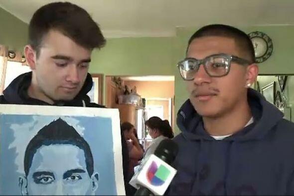 Compañeros y amigos de la escuela visitaron a la familia para confirmar...