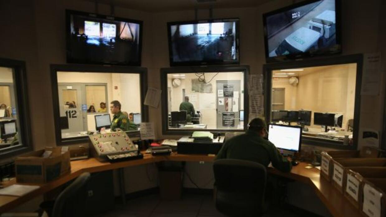 El gobierno anunció que cerrará el centro de detención de Artesia, Nuevo...