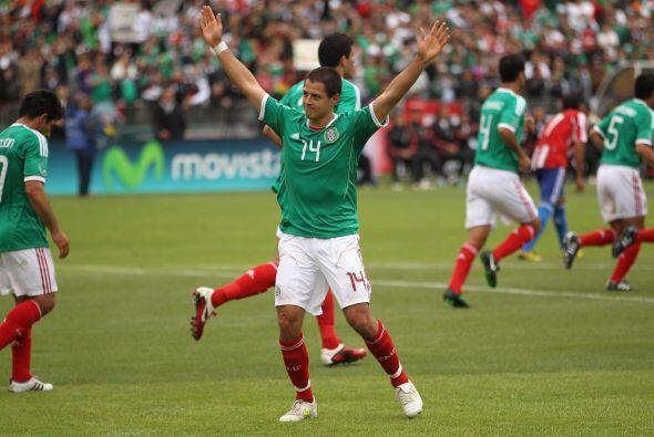 A finales de Marzo del 2011, en un amitoso con Paraguay, volvió al gol.