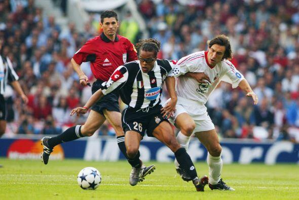 Los italianos no se quedaron atrás. En la Temporada 2002-2003, la Juvent...