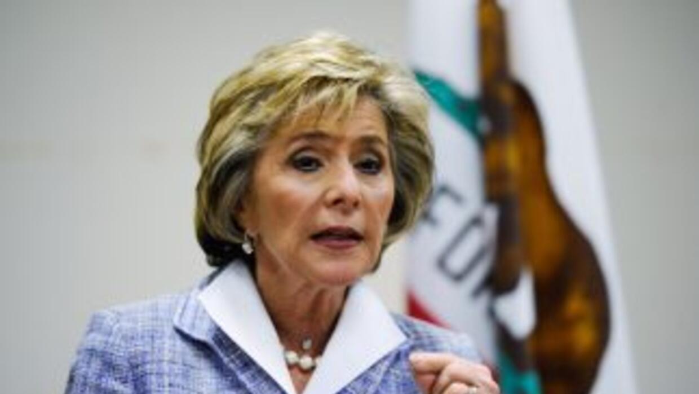 La senadora demócrata Barbara Boxer intenta conservar su escaño.