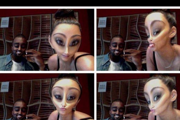Jugando con Kanye West.