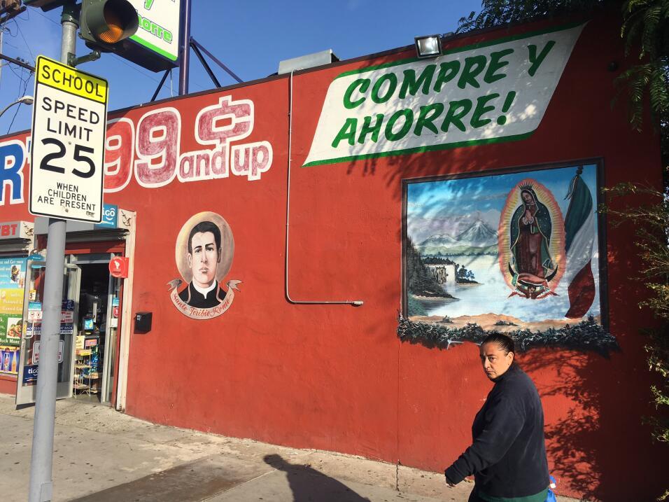 La tienda de Nabor Gutiérrez, en una peligrosa zona de Los &Aacut...