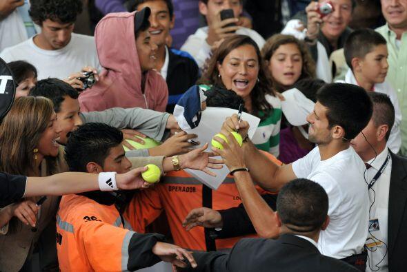 ...pero Djokovic no se quedó atrás y demostró que, aunque no ha salido e...