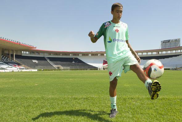 Hace casi dos años el Vasco firmó al juvenil delantero y desde entonces...