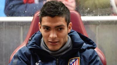 Diego Simeone debe decidir cual de los dos jugadores se queda en el Atlé...
