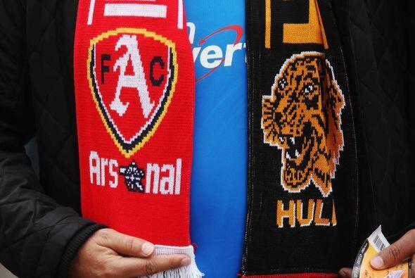 Arsenal también jugaba en la jornada dominical, enfrentando al Hull City.