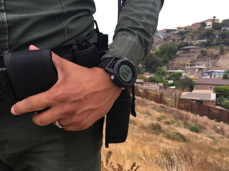 En el lado de Tijuana, los asentamientos poblacionales llegan hasta la v...