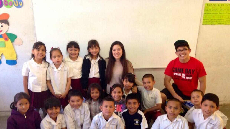 Jóvenes de AZ por la educación de niños mexicanos  905818_76408181362581...