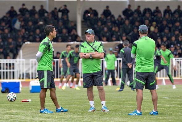 Herrera tendrá que lidiar con canchas duras, condiciones de clima extrem...
