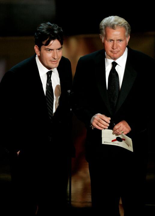 El hijo de Martin Sheen, Charlie, ha enfrentado toda clase de escándalos...