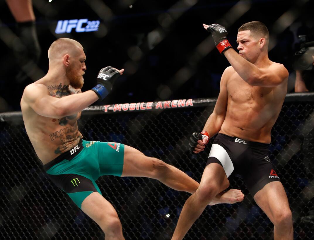 Mayweather y McGregor, el camino de dos superestrellas por el combate má...
